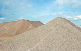 Cát san lấp là gì? Cát san lấp được hiểu là loại vật liệu dùng làm lớp đệm cho các dạng nền đất yếu